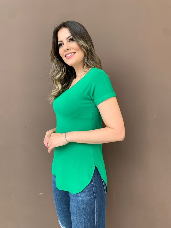 T-shirt Alongada Mariele Verde Bandeira