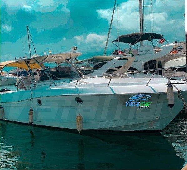 Lancha Fishing Saint Tropez 32 com Motor 4 tempos