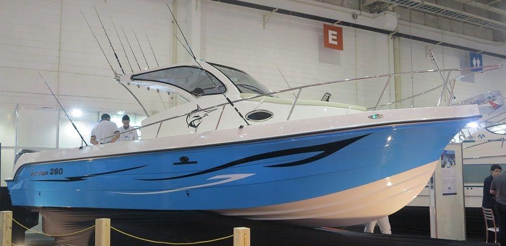 Lancha Fly Fish 280 Cabinada com Yamaha 300hp 4T - Zeromilhas