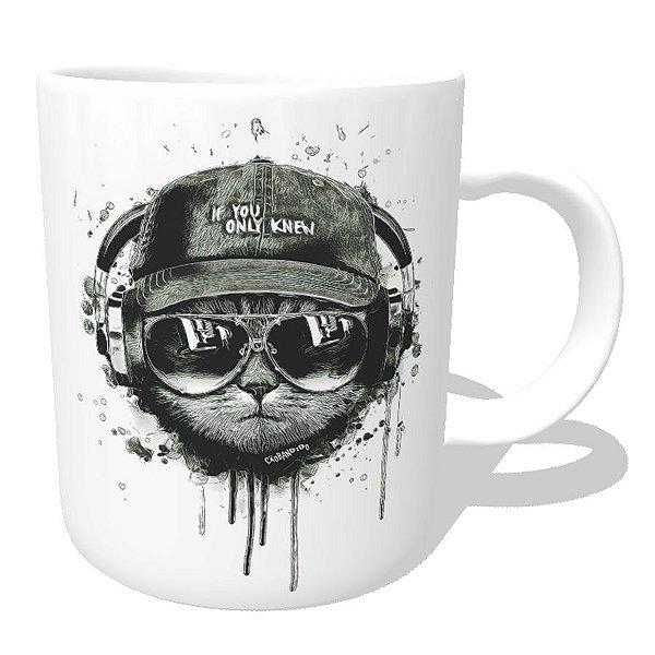 Caneca Gato Ouvindo Música de Boné e Óculos
