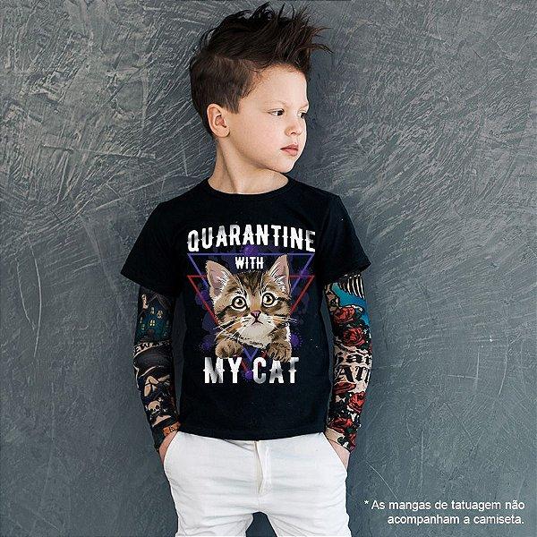 Camiseta Infantil Quarantine With My Cat