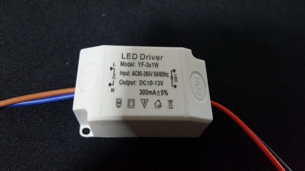 Drive Reator Fonte 3w Para Spot de Led Bivolt 110/220w 6-12v