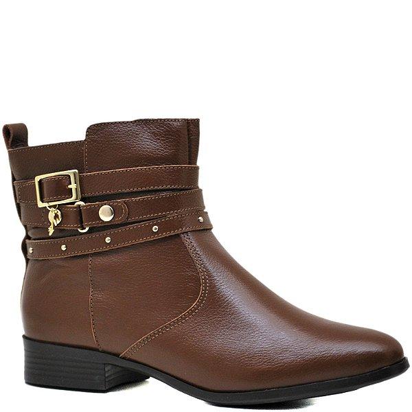 d4065761447 Bota Montaria Cano Curto em Couro - Conhaque - 1007006 - Sapatos ...