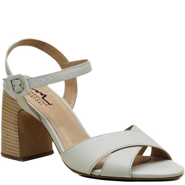 713570eea2 Sandália Salto Grosso em X - Off White - KI 3903 - Sapatos