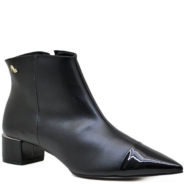 6ff05f8a2b Bota Ankle Boot - Verniz Preto   Napa Preta - ST 70524 - Sapatos ...