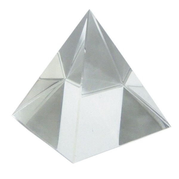 Pirâmide de Vidro Puro e Translucido