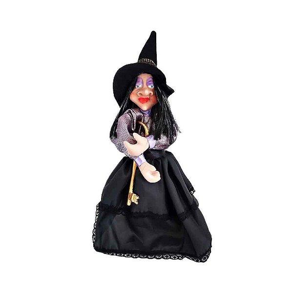 Ana - Bruxa guardiã do Lar