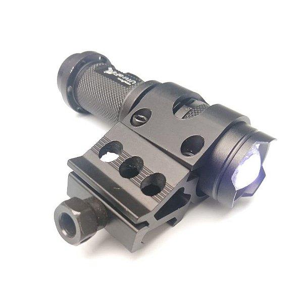 Suporte lateral para trilho + Lanterna Tática Cree Led Q5
