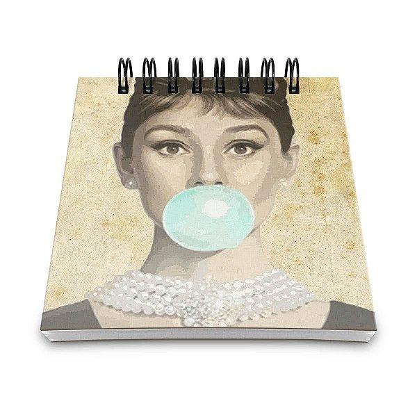 Bloco de Anotações Retrô Audrey Hepburn