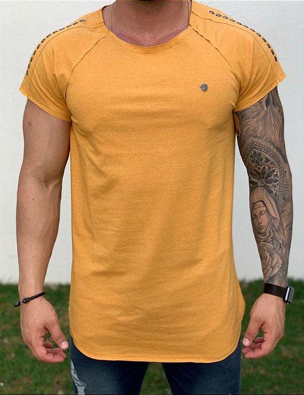 Camiseta Longline Raglan Mostarda Caveira Pedraria - Kawipii