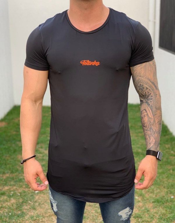 Camiseta Longline Black Stripes Back - Totanka