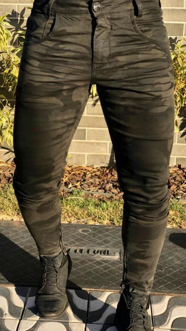 Calça Jeans Skinny Camuflada - Codi Jeans