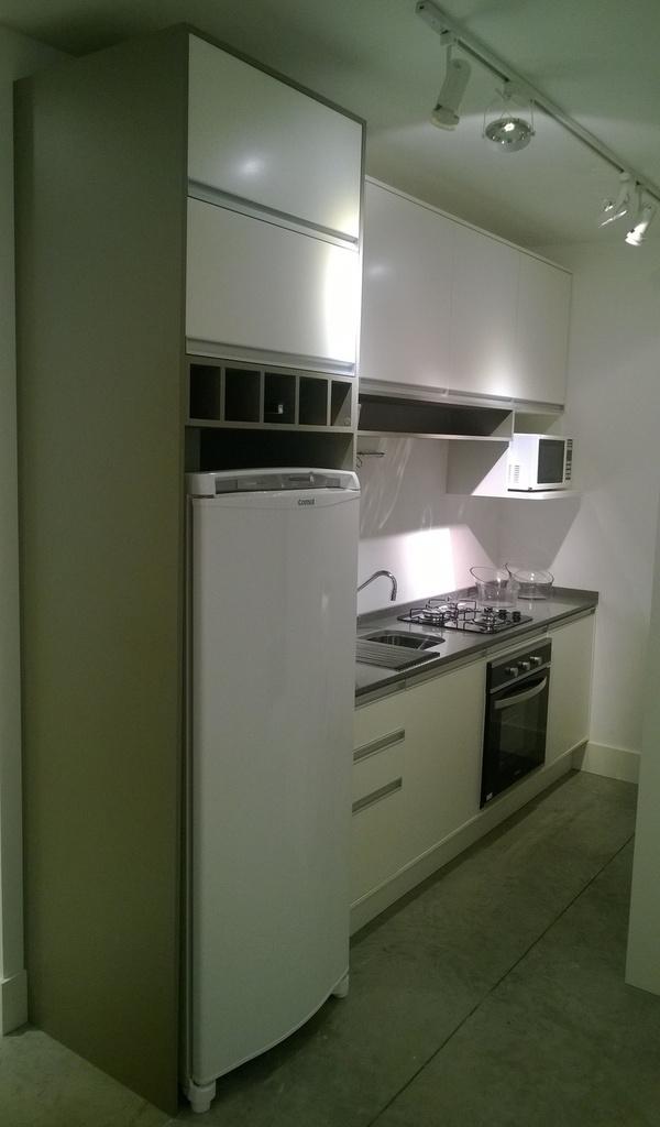 Cozinha Planejada para Apartamento somente parte dos móveis em MDF R$ 2.990,00 à vista, solicite já seu orçamento.