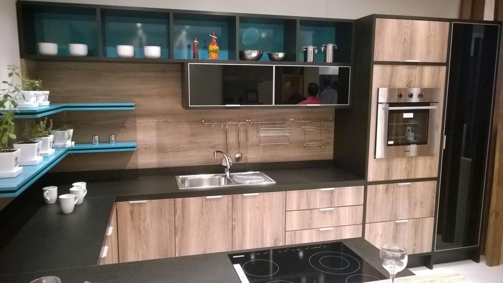 Cozinha Planejada Sob Medida 100% MDF, quer qualidade e preço justo solicite aqui seu projeto sem custo.