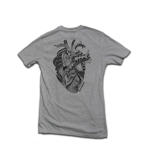 Camiseta Tribal Heart Cinza Mescla