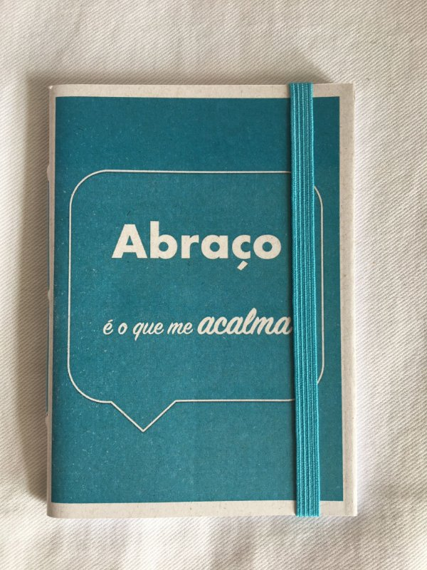 Caderninho - Coleção Os Sentimentos - ABRAÇO - tamanho 14 x 10 cm