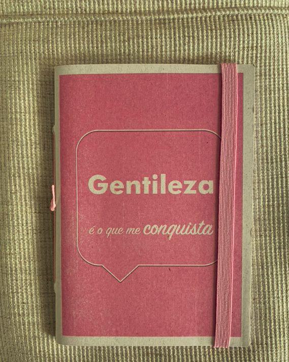 Caderninho - Coleção Os Sentimentos - GENTILEZA - tamanho 14 x 10 cm