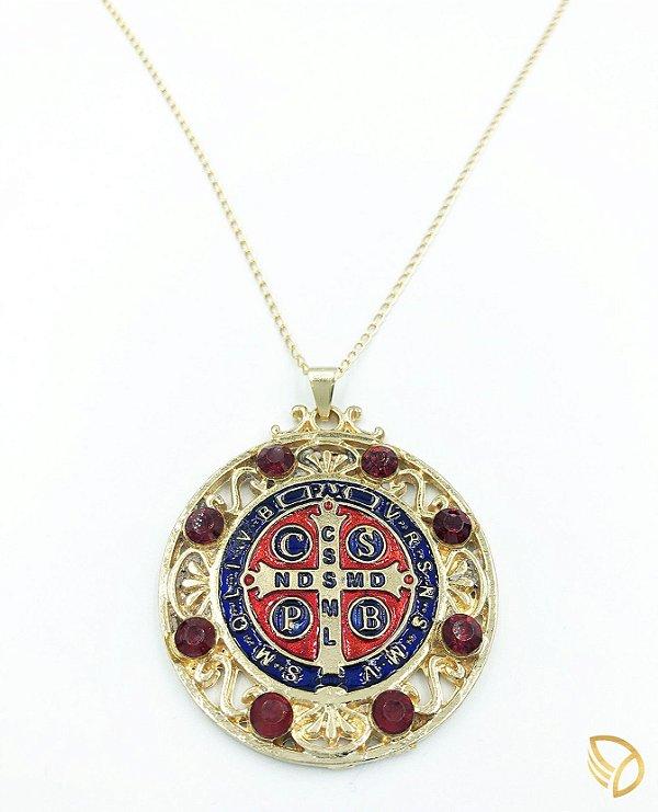 Medalhão São Bento folheado cravejado com pedras