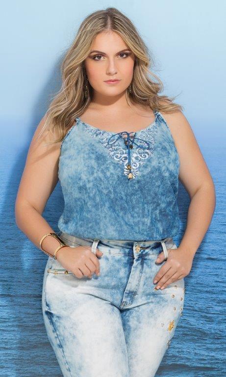 Blusa Jeans com Detalhe de Bordado - 3564