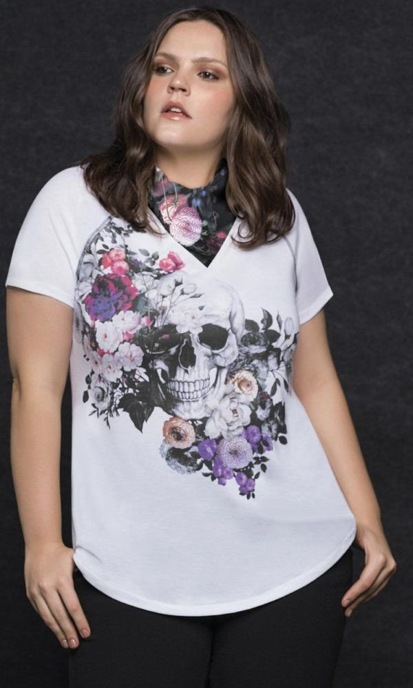 T-Shirt Sublimada Floral e Caveira   31144