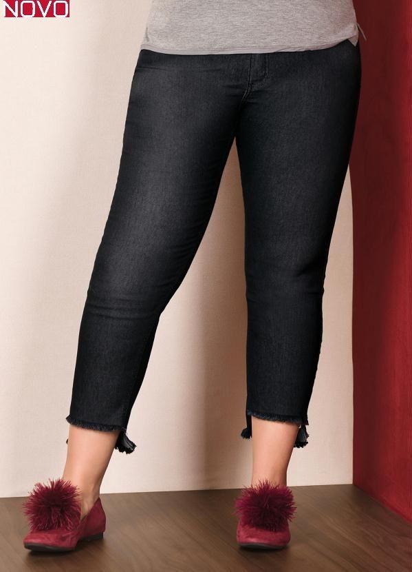 Calça Jeans  com Barra Desfiada      20776