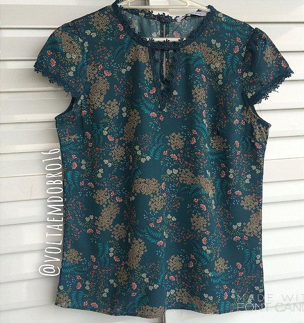Blusa Flower Lace Print