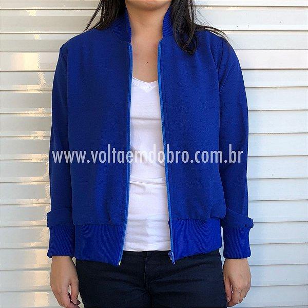 Jaqueta Bomber em Crepe Gola Azul com Bolsos