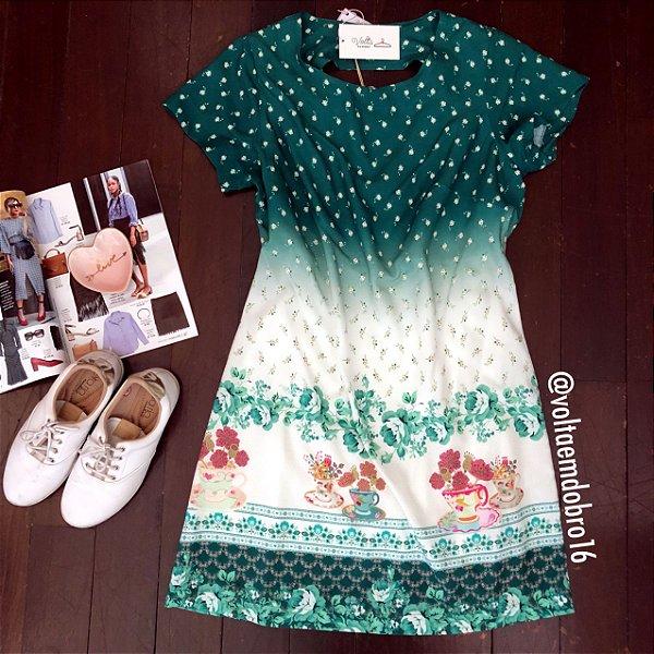 Vestido Curto Chá Florido