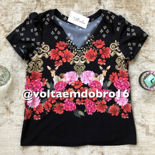 Blusa Estampa Floresta de Rosas