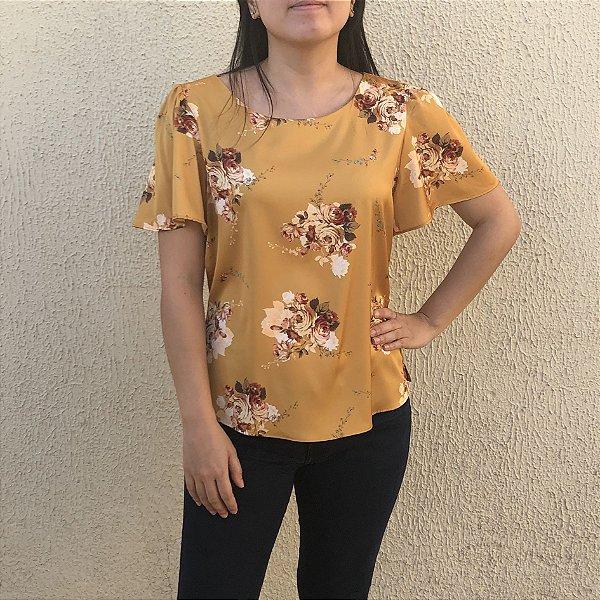 Blusa Floral com Botões Costas