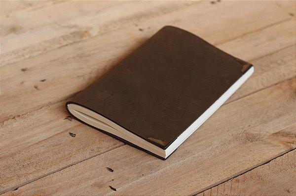 Caderno artesanal de couro marrom aveludado formato A6 Bodoque