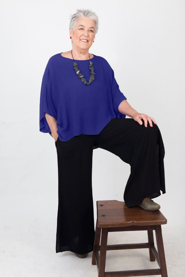 Blusa Soft Plus Size de Viscose  Azul Royal