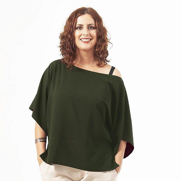 Blusa T  Viscose Verde Detalhe Preto
