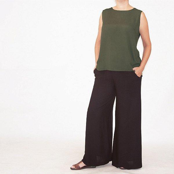 Calça Pantalona Barra Ampla Viscolinho Preta . Pré-Venda