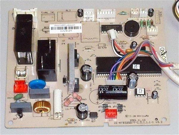 Placa eletronica evaporadora komeco PCB KOM 2S18FCG1  0200320508