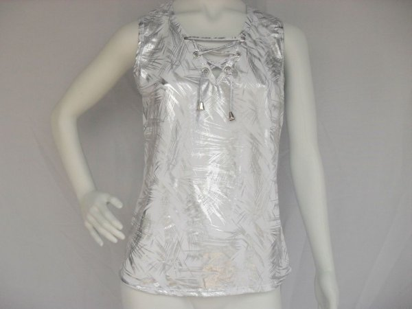 Blusa Branca e Prata com Ilhós (G) - Nova!