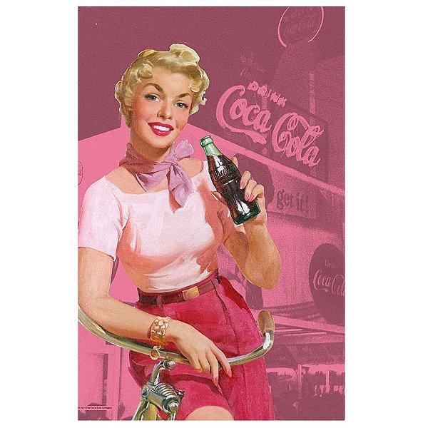Pano de Prato de Algodão Coca-Cola Pin Up Blonde Lady with a Bike - 70 x 45 cm
