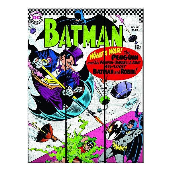 Placa Retangular Decorativa de Madeira DC Comics Penguim Attacking Batman - 50 x 36 cm