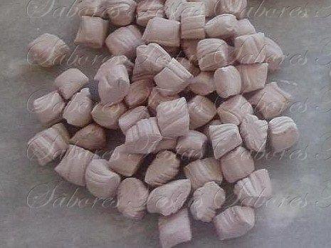 Doces para festas em geral | Balas de Coco caseiras | Sabor Chocolate | 1 Quilo