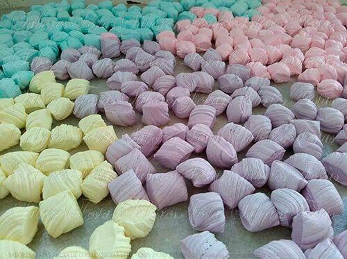 Doces de festas | Balas de coco caseiras coloridas |1Quilo