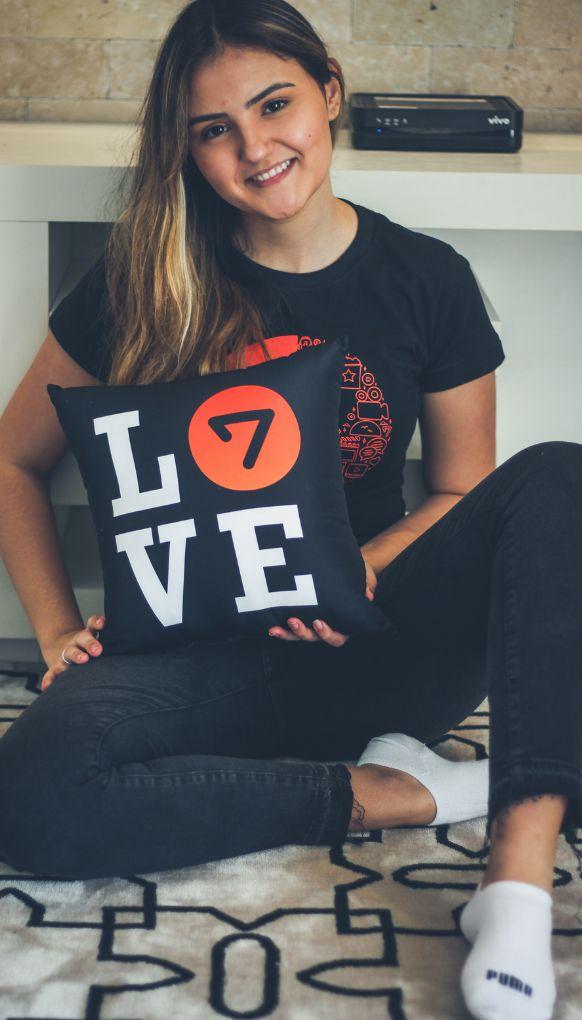 Almofada LOVE - F7P