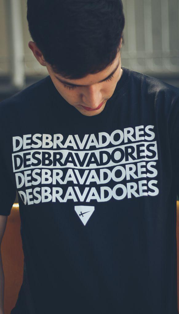 """Camiseta """"DESBRAVADORES"""""""