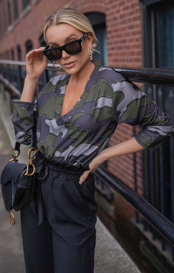 NYC COLECTION   Blusa Camouflage