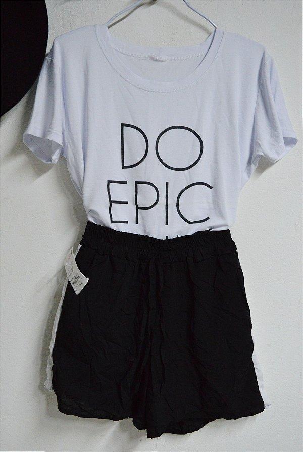 T-shirt Camiseta Do Epic Chic