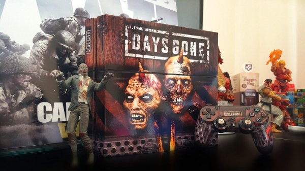 Skin Adesiva para PlayStation 4 - Days Gone + 2 Adesivos Light Bar