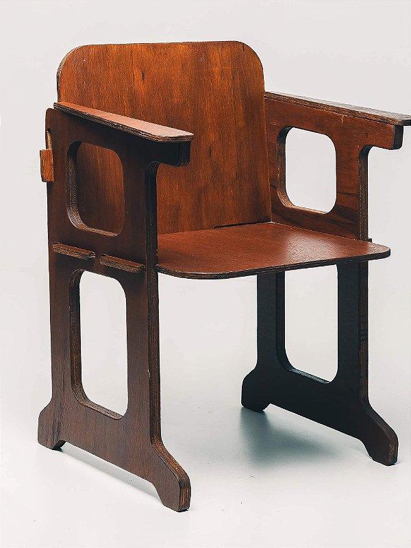 Cadeira Vintage Catedral