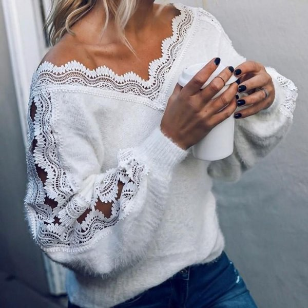 Blusa Pelinhos e Renda Branca