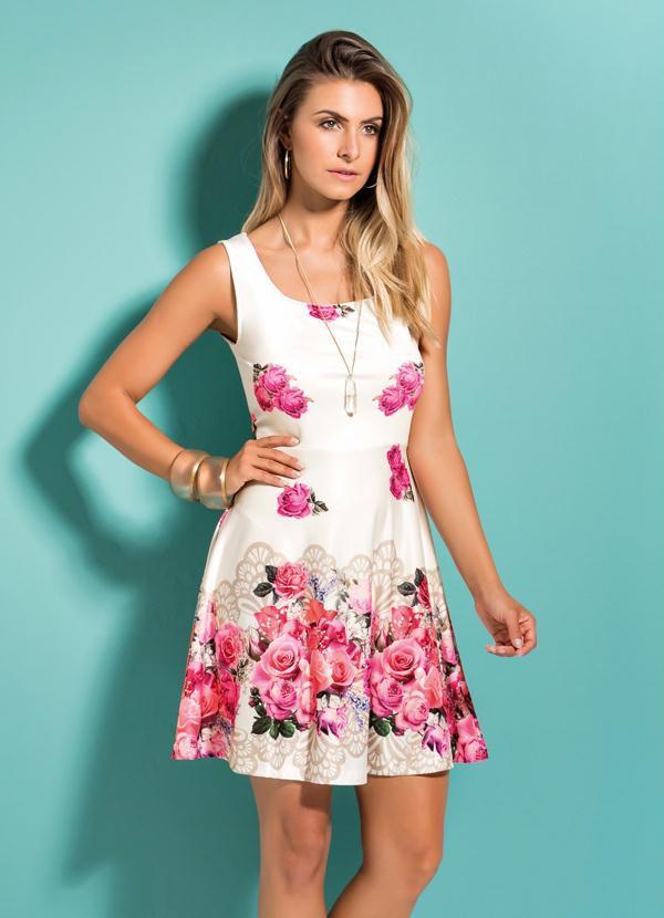 Vestido Floral Rosas Evasê