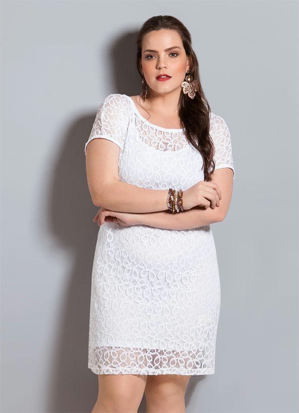 Vestido de Renda Branco Plus Size