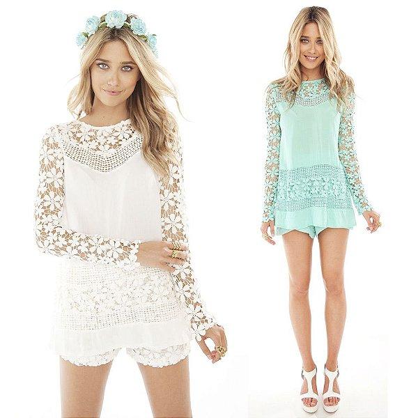 Blusa com Renda Floral - 2 cores